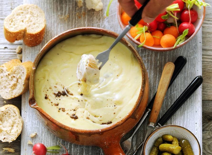 Zelfgemaakte kaasfondue met truffel
