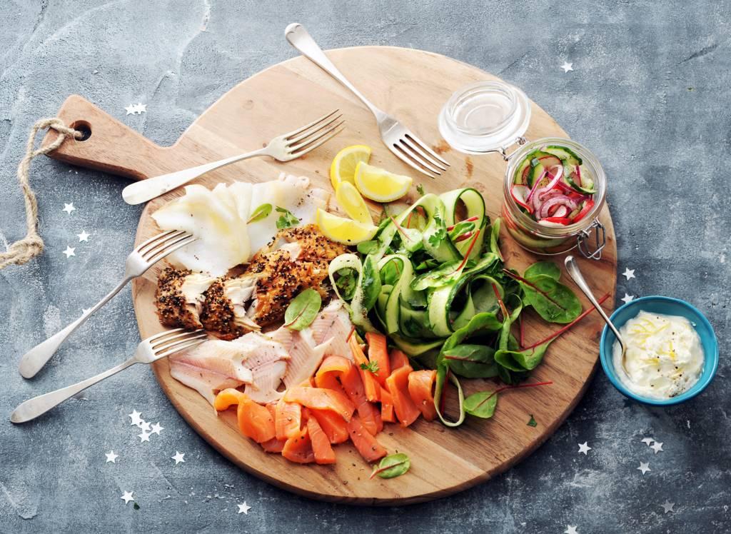 Visplateau met homemade pickle en salade