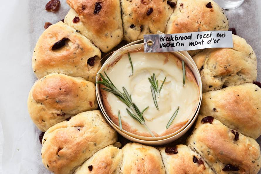 Breekbroodrozet met fondue vacherin mont d'or