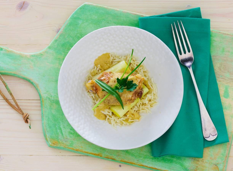 Alain Carons kip met mosterd-gembersaus, pilav rijst en gestoofde prei