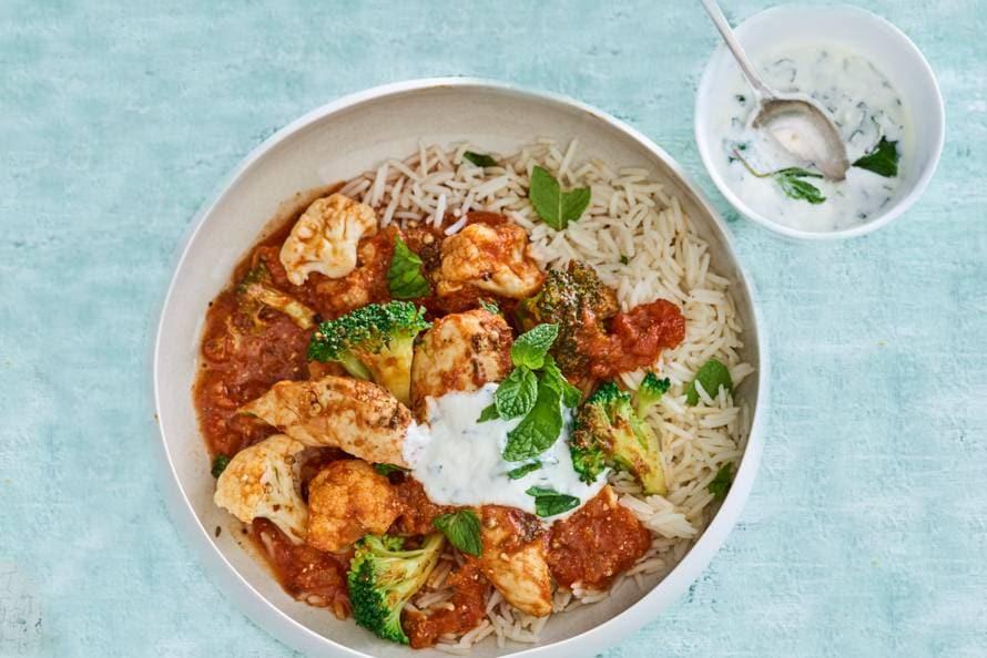 Curry met kip en muntyoghurt