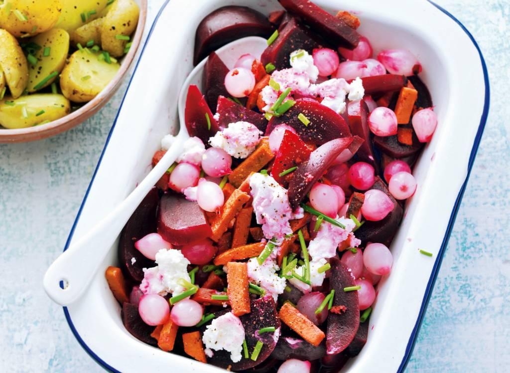 Bietenstoof met geitenkaas en krielsalade