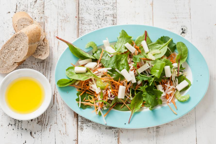 Snelle lunchsalade met geitenkaas
