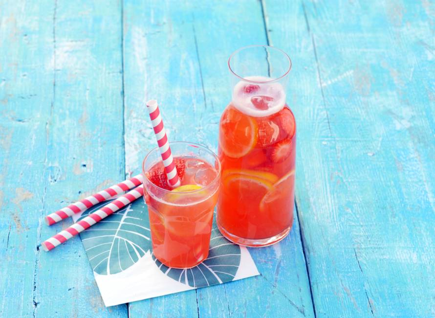 Aardbeien-gemberlimonade met citrus