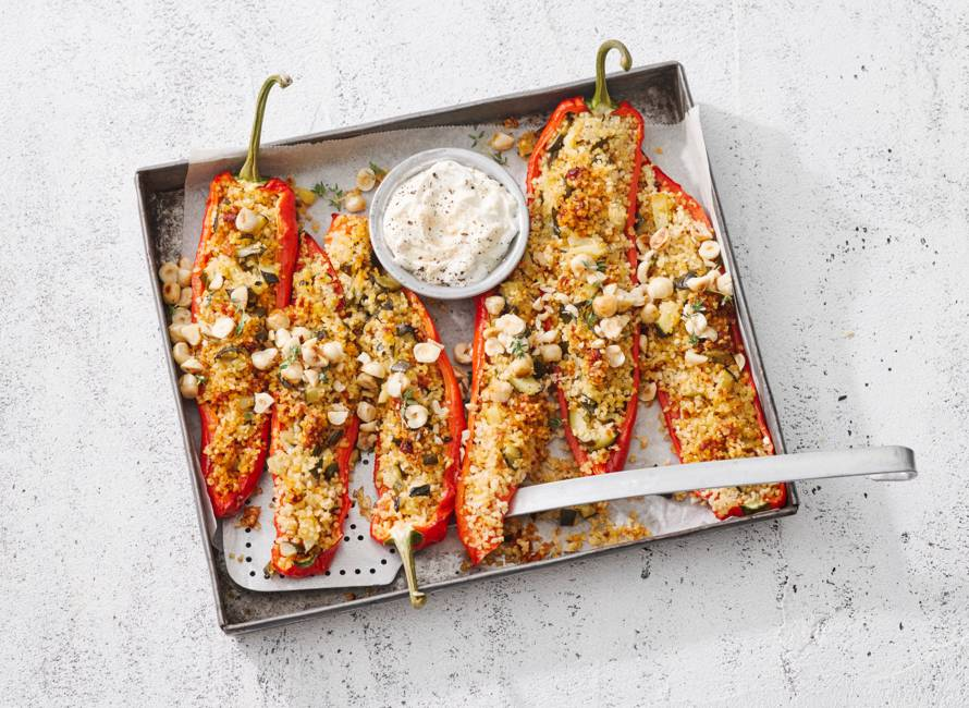 Gevulde paprika's met bulgur & hazelnoten
