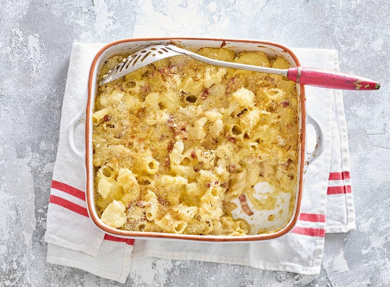 Smeuïge mac and cheese met bloemkoolroosjes