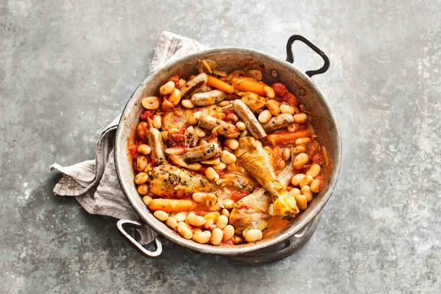 Cassoulet Franse Stoofschotel Met Kip Worst En Limabonen Recept