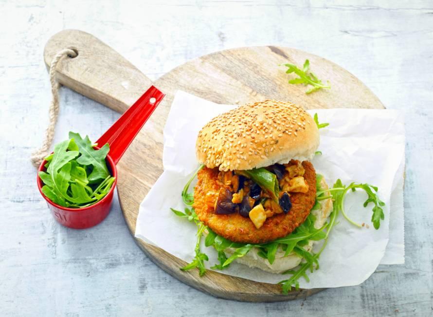 Aspergeburger met aubergine & mozzarella