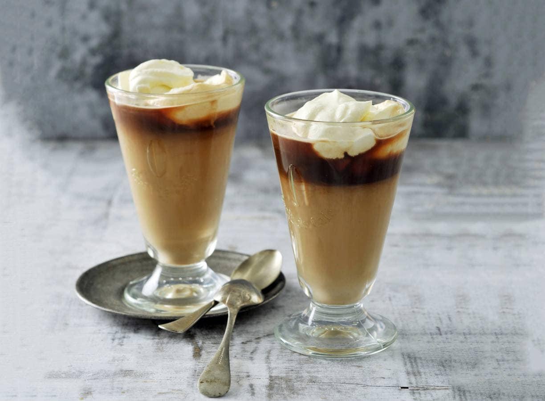 Speciale koffie met amandellikorette
