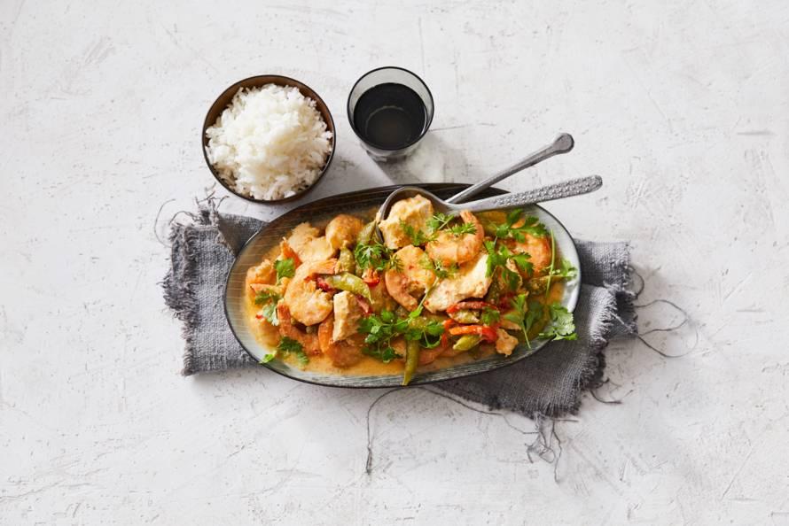 Viscurry met zelfgemaakte currypasta