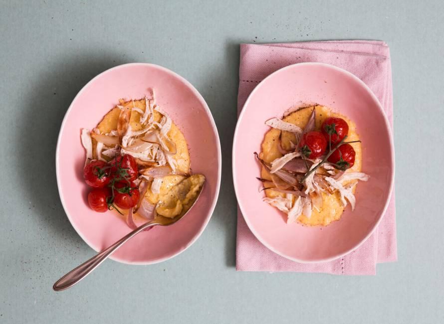 Parmezaanpolenta met pulled chicken