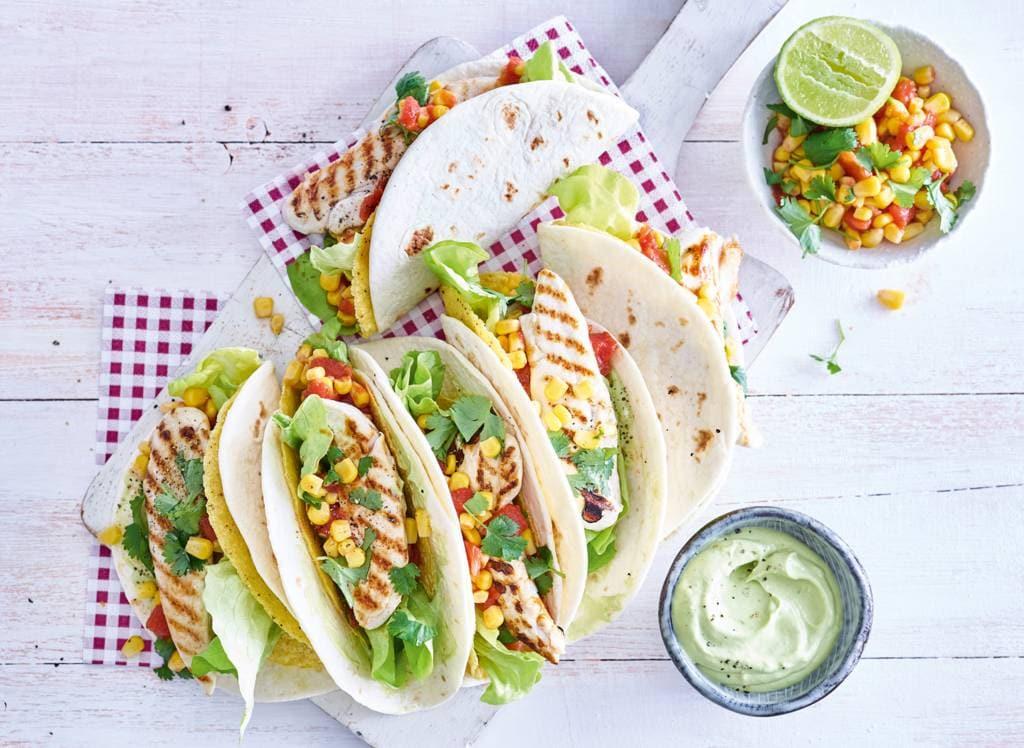 Mexicaanse taco-wrap met gegrilde kiphaasjes