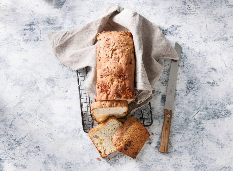 Glutenvrij kaas-kruidenbrood