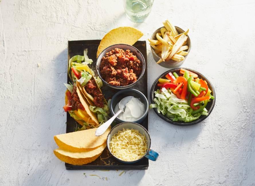 Taco's met vegagehakt en babymais