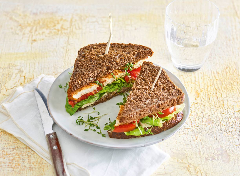Tofu-sandwich met babyromaine
