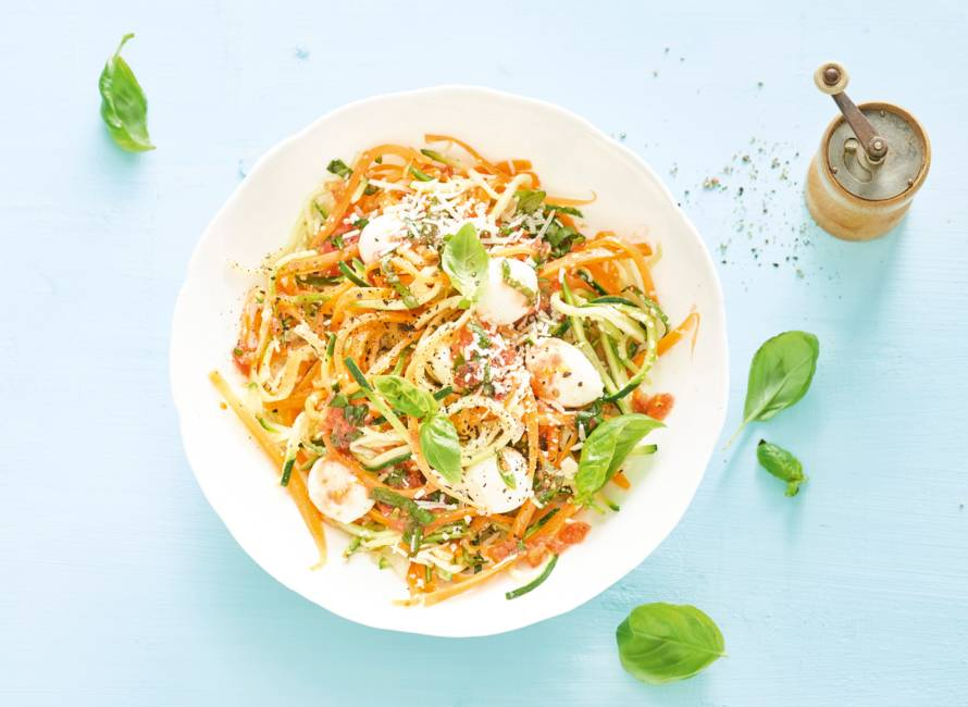 Lauwwarme pompoen- en courgettespaghetti
