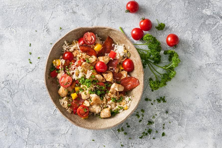 Spaanse Rijstschotel Met Chorizo En Kip Recept Allerhande