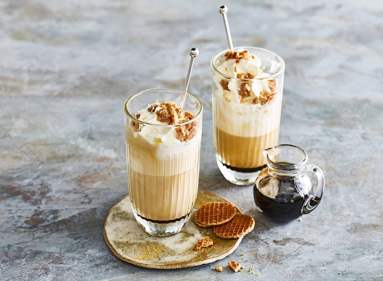 Latte macchiato met stroopwafel