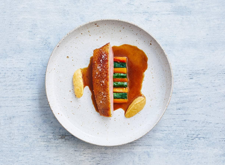 Crème van linzen en rode curry van Dennis Huwaë
