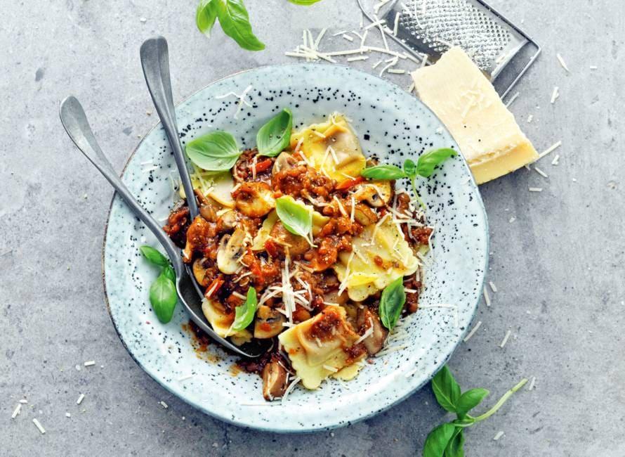 Ravioli bolognese met champignons en linzen