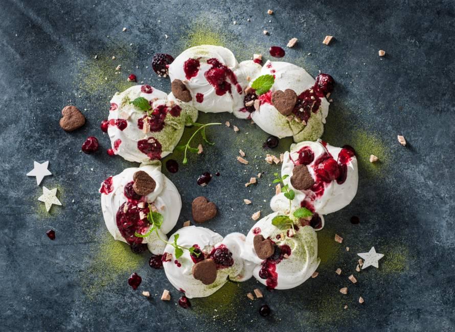 Vegan meringue kerstkrans