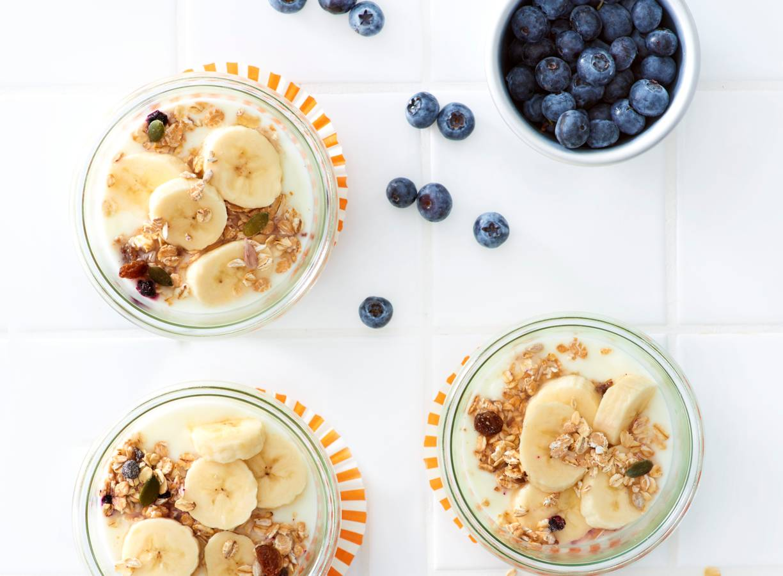 Yoghurt met ontbijtgranen