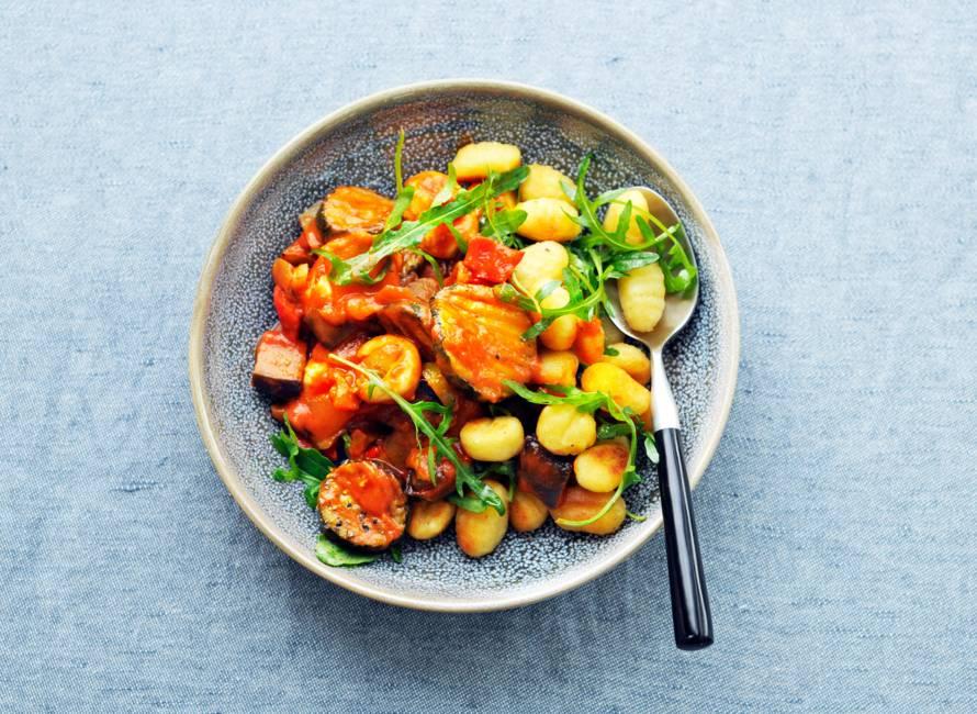 Gebakken gnocchi met gegrilde groenten