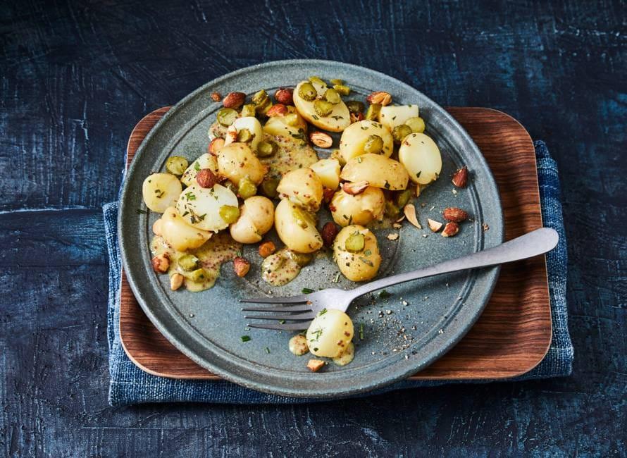 Winterse krielsalade met amandelen en rozemarijn