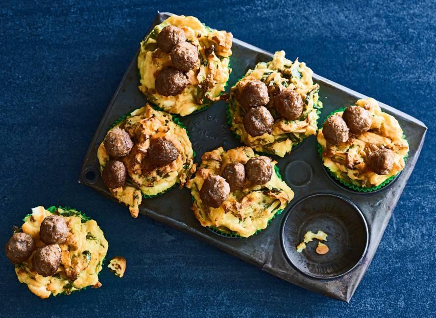 Andijviemuffins met feta en soepballetjes