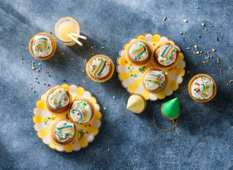 Regenboogcupcakes