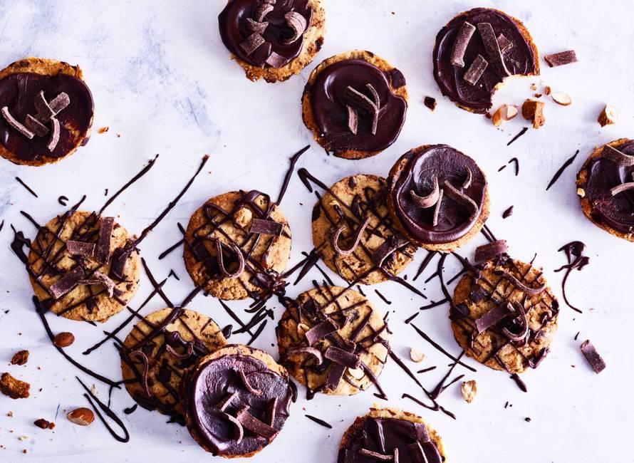 Chocoladekoekjes met amandelen