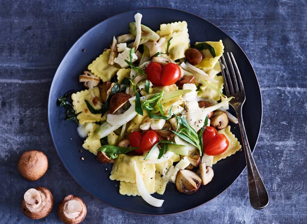 Ravioli met venkel, kaas & tomaatjes