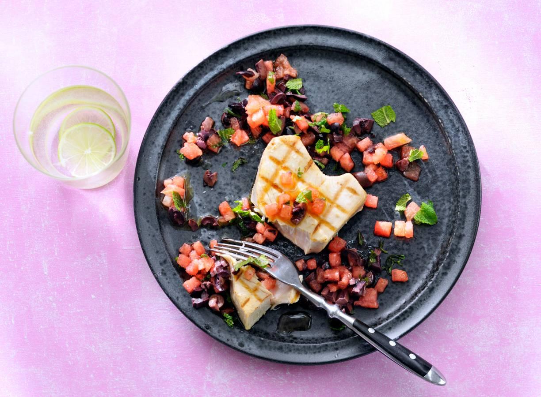 Witte-tonijnsteak met watermeloen