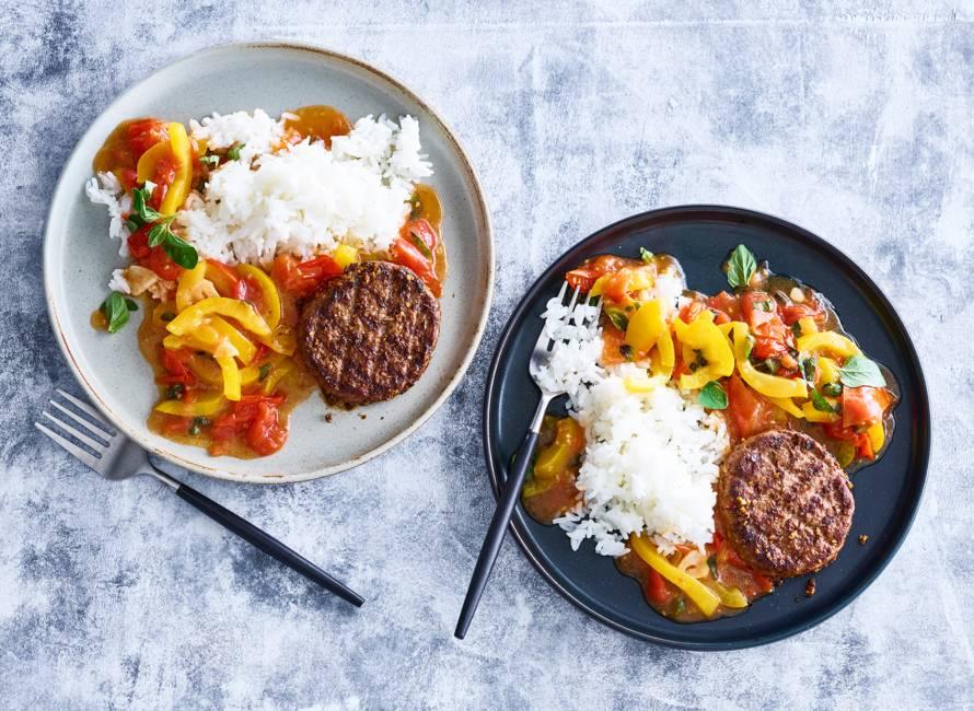 Steak de boeuf met rijst & tomaten met verse oregano