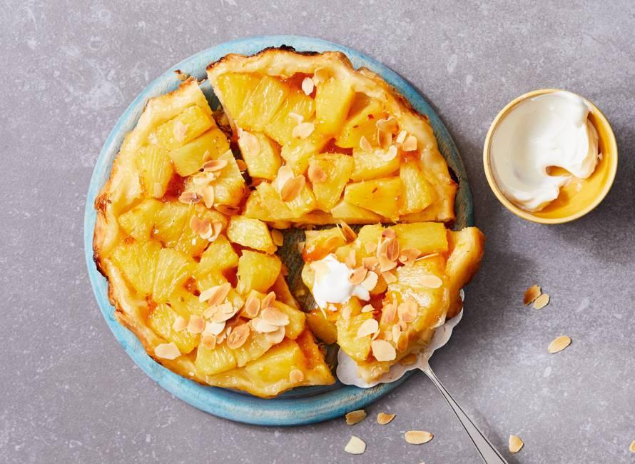 Ananas-tarte tatin met mangochutney en zure room