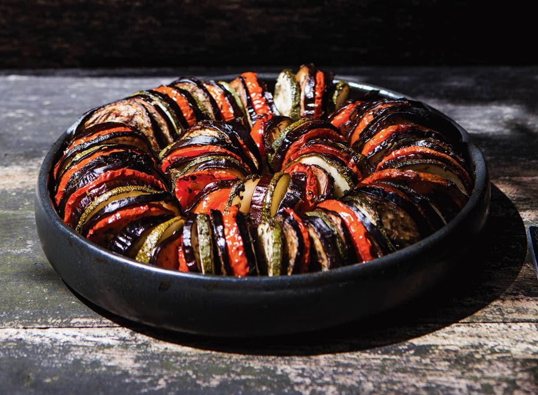 Tian met aubergine, courgette en tomaat