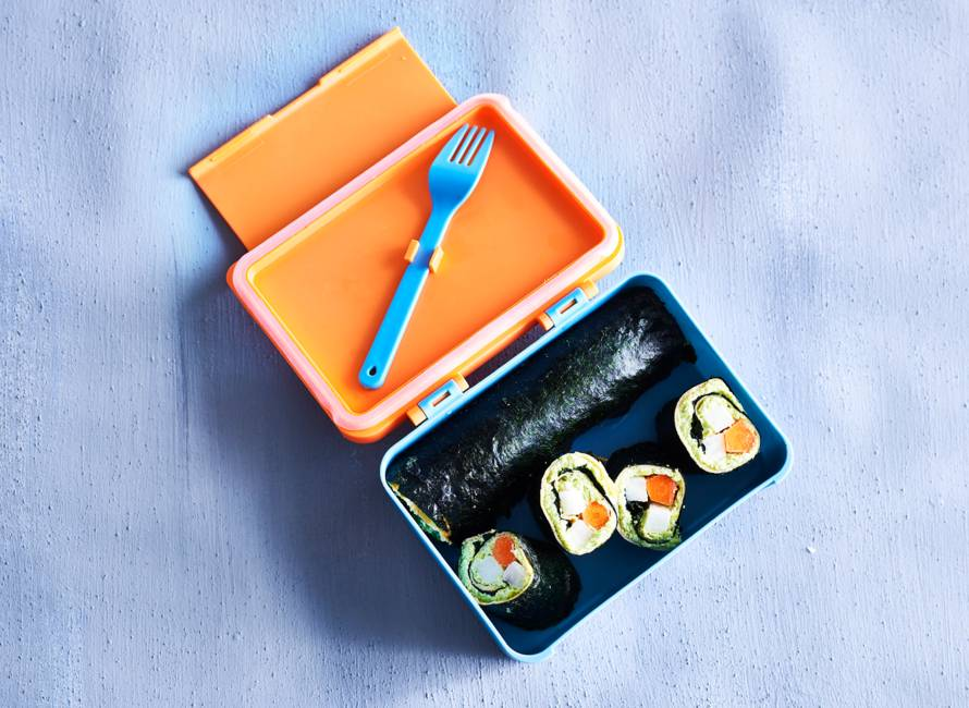 Sushi-omeletrolletjes to go