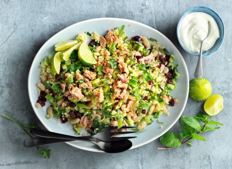 Parelcouscous met tonijn, limoen & verse kruiden
