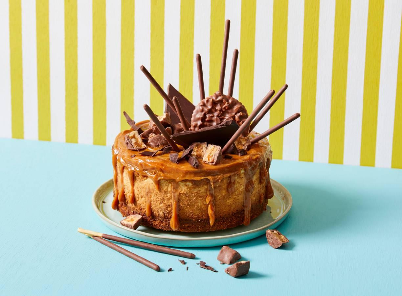 Pindakaas-snickers cheesecake