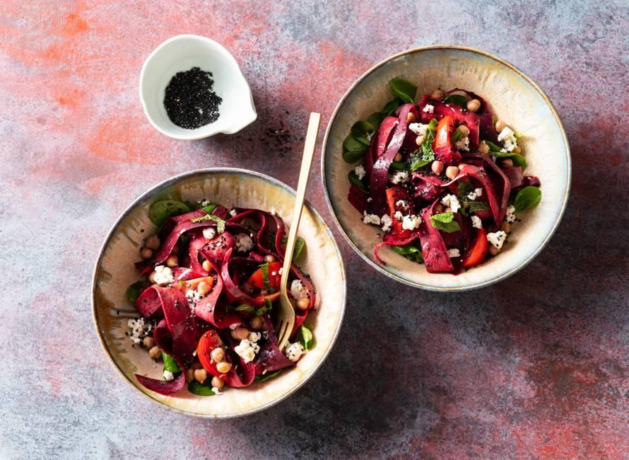Salade van paarse peen