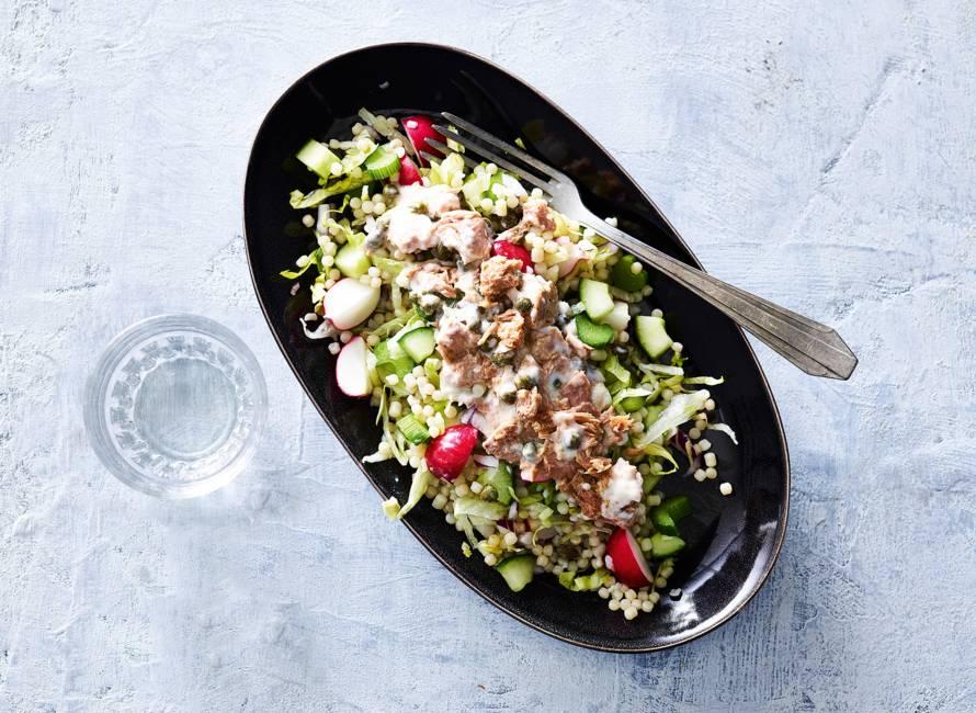 Lunchsalade met tonijn & parelcouscous