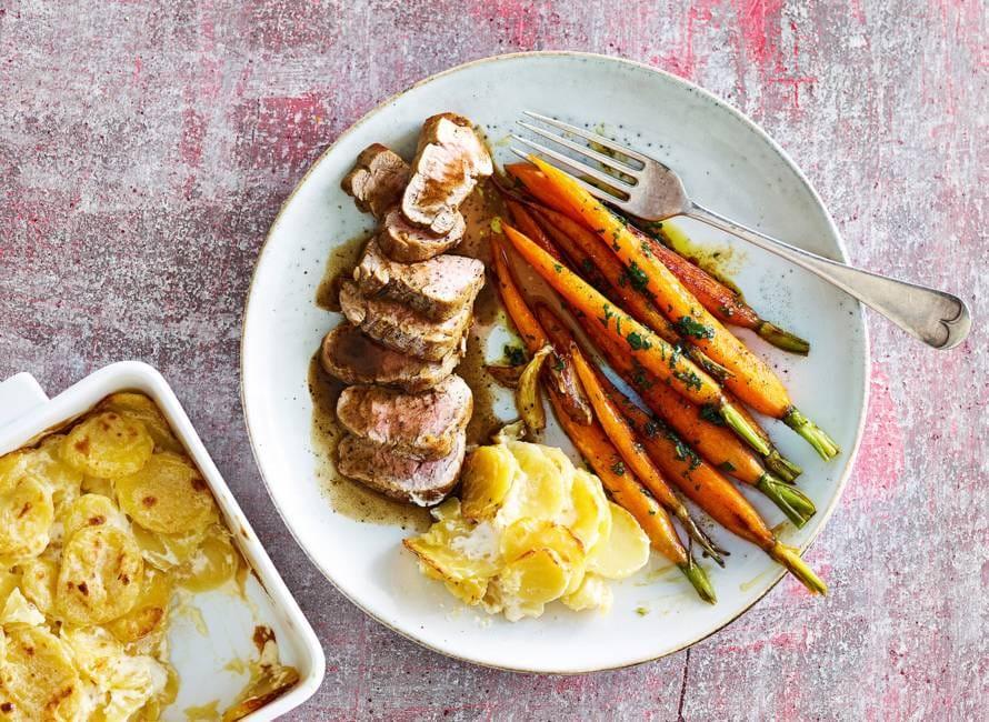 Varkenshaas met gekaramelliseerde wortels & aardappelgratin