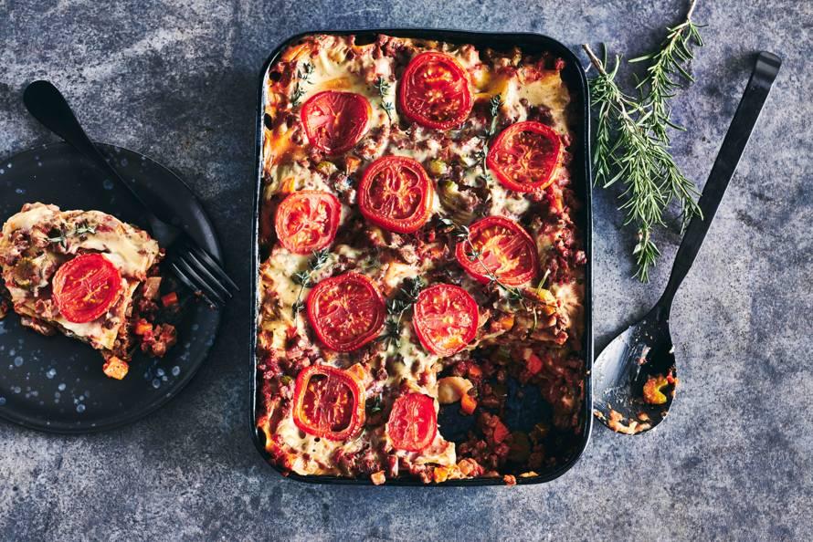 Vegan lasagne bolognese