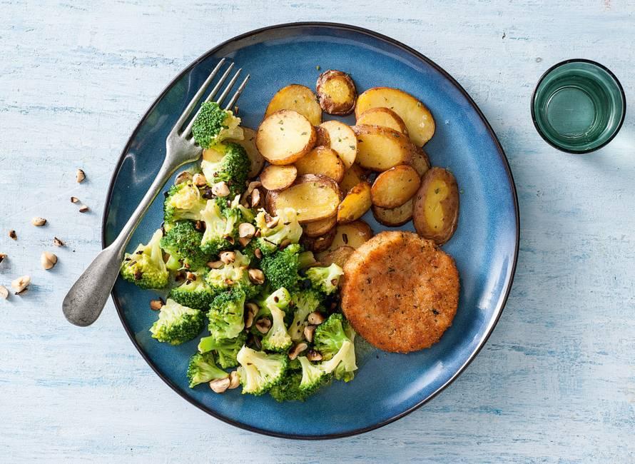 Zalmburger met broccoli & rozemarijnaardappeltjes