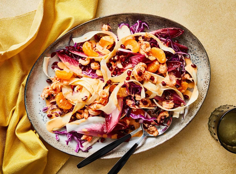 Salade met roodlof, wortelpeterselie en mandarijn