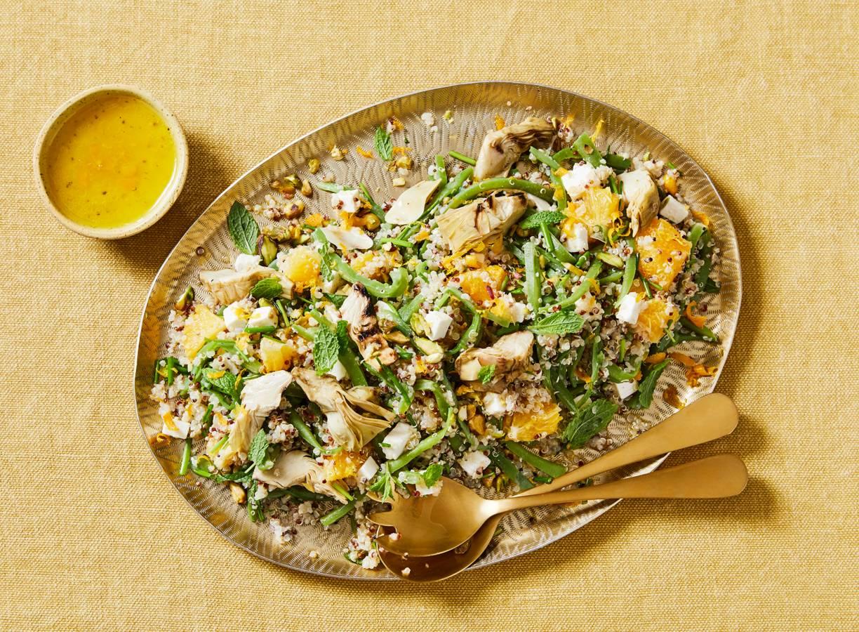 Wintersalade met quinoa, sinaasappel en pistache