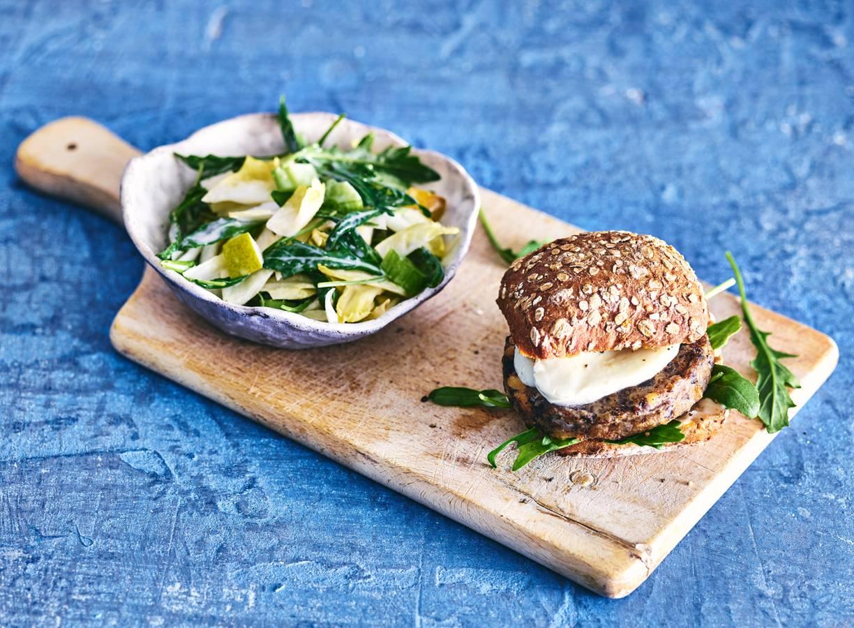 Italiaanse champignonburger met mozzarella & witlofsalade