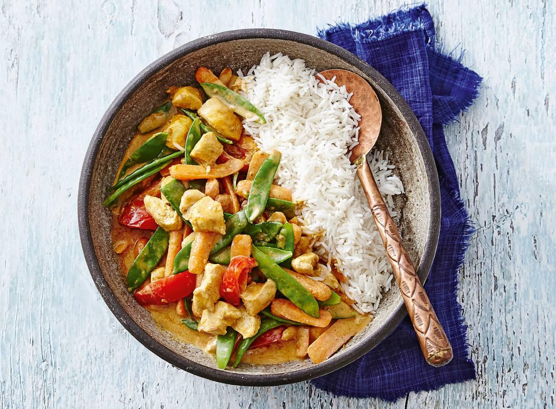 Indiase kipcurry met groente en basmatirijst