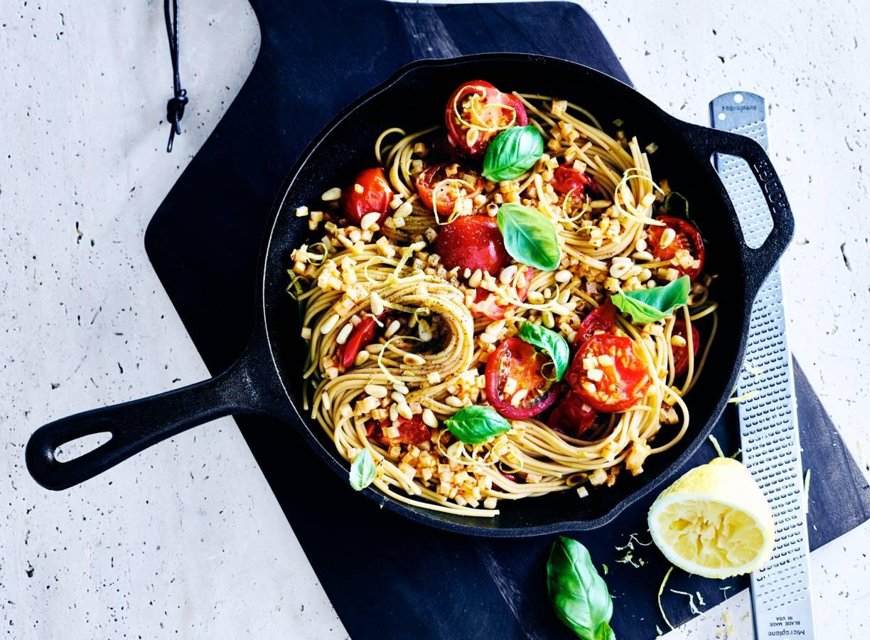 Gele-linzenspaghetti met knolselderij