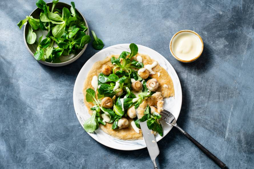 Vegan 'omelet' met champignons